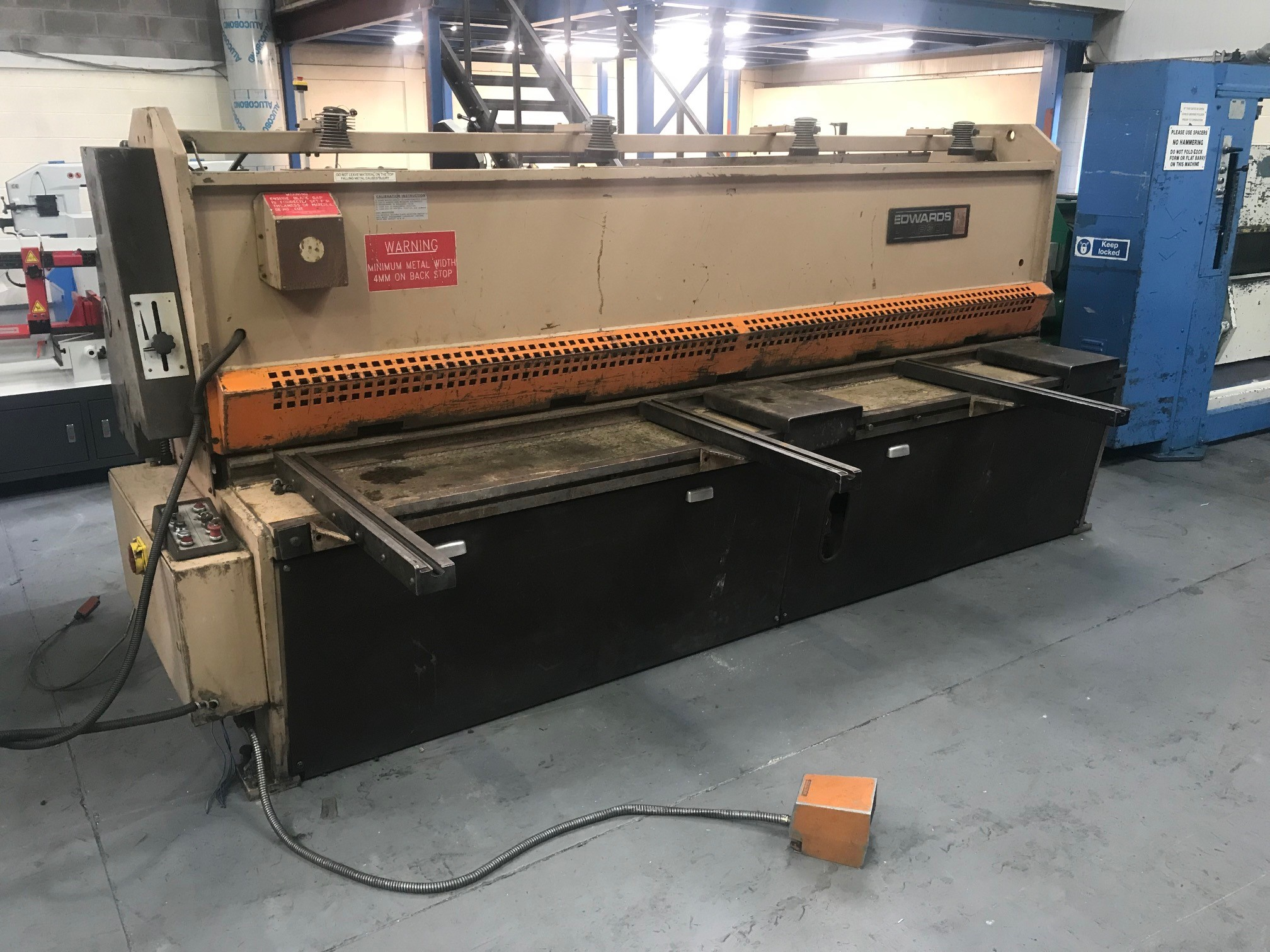 EDWARDS  3m x 6mm NC guillotine